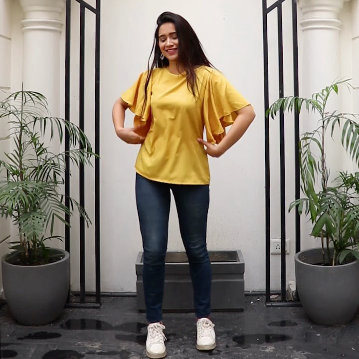 Clothing,Yellow,Shoulder,Footwear,Fashion,Sleeve,Blouse,T-shirt,Waist,Top