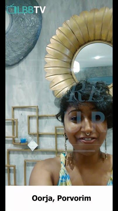 Face,Blue,Head,Beauty,Selfie,Forehead,Snapshot,Photography,Eye,Smile