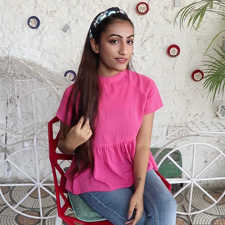 Clothing,Pink,T-shirt,Red,Beauty,Magenta,Neck,Cool,Fashion,Sleeve