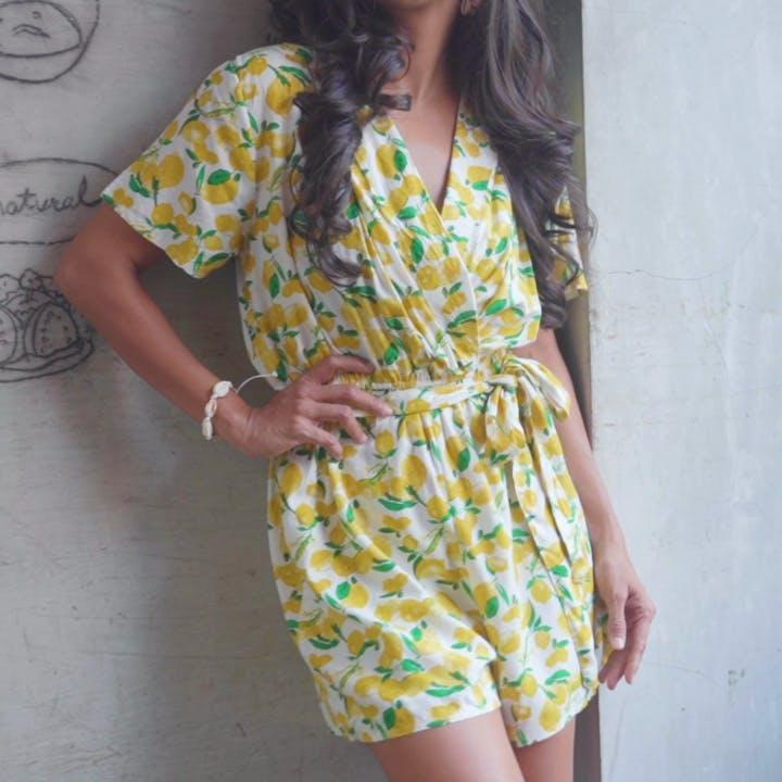 Clothing,Day dress,Dress,Yellow,Shoulder,Neck,Pattern,Waist,Sleeve,Pattern