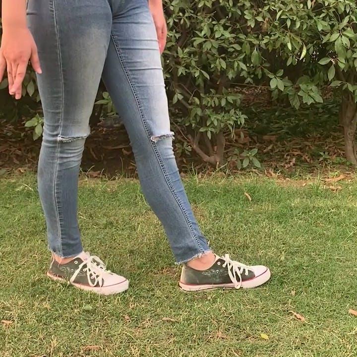 Jeans,Clothing,Denim,Footwear,Leg,Human leg,Ankle,Shoe,Textile,Joint