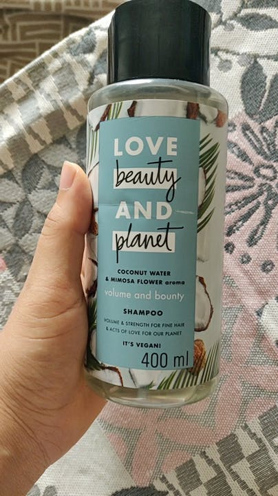 Product,Hand,Plant,Personal care,Lotion,Skin care,Shampoo,Hair care