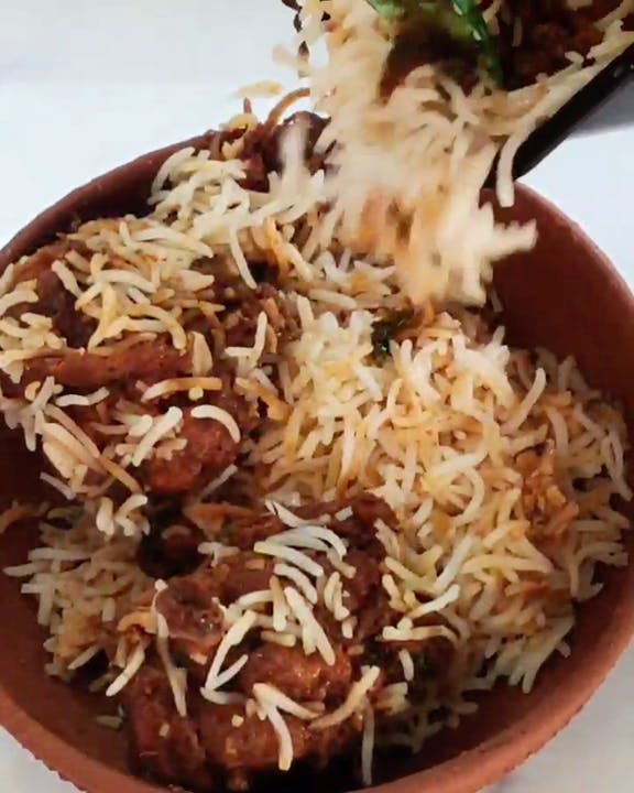 Food,Dish,Cuisine,Ingredient,Recipe,Basmati,Steamed rice,Rice,Produce,Biryani