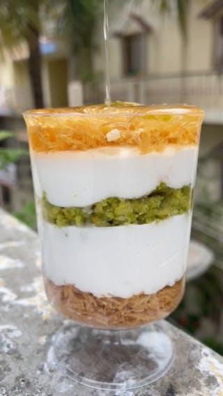 Food,Dish,Cuisine,Verrine,Dessert,Trifle,Ingredient,Chiboust cream,Mascarpone,Syllabub