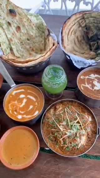Dish,Food,Cuisine,Ingredient,Produce,Recipe,Roti prata,Paratha,Baked goods,Indian cuisine
