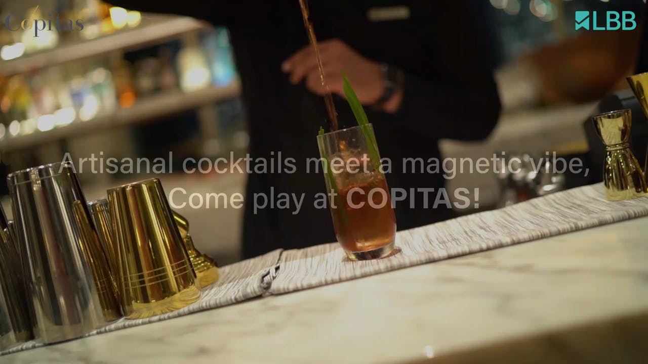 Drink,Alcohol,Tableware,Alcoholic beverage,Cocktail,Liquid,Distilled beverage,Barware,Drinkware,Classic cocktail