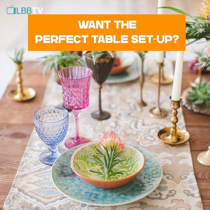 Tableware,Property,Table,Plant,Dishware,Stemware,Drinkware,Interior design,Wine glass,Decoration